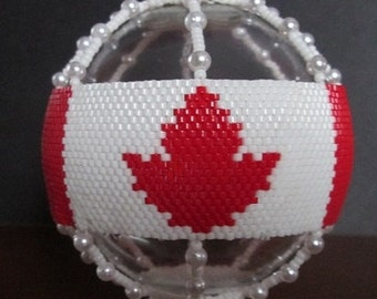 Oh Canada beaded ornament cover e-pattern