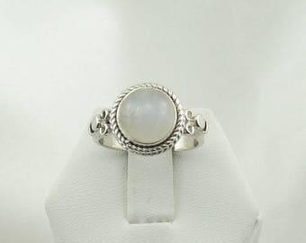 Lovely Simple Vintage Moonstone Sterling Silver Ring #MOON2-SR4