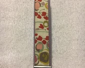 Spring Sale One Key Fob Wristlet - Poppies