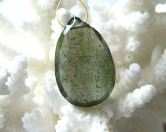 HUGE Gorgeous focal BEAUTIFUL AAA Green Moss Aquamarine Faceted Pear Briolette bead 23mm x 15.5mm