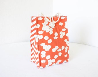 Organic Lunch Bag - Coral Poppies - Organic Cotton, Eco Friendly, Fully Insulated - Back to School Waste Free