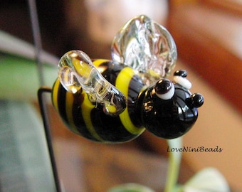 Bumble Bee - Garden Art - Sun Catcher - Plant Stake  - Lampwork Glass Bumble Bee