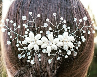 Bridal Hair comb Bridal Headpiece Pearls crystals, Wedding