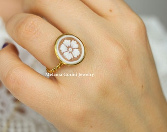 MARGHE Ring-925 sterling silver electroplated with 18K gold ring – authentic shell cameo with flower- sardonyx shell cameo, adjustable size