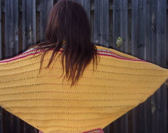 """""""Yellow"""" wool woman shawl"""
