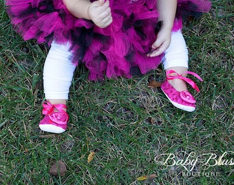 Fuschia/Shocking Pink Lace Vintage Baby Shoes Ballerina Slippers