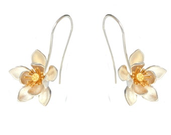 Beautiful Lotus Blossom Water Lily Flower Sterling Silver Wire Drop Earrings with Part 18ct Gold Vermeil e71