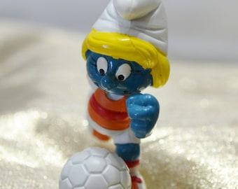 Vintage Soccer Smurfette - Smurfs - 1980s - Peyo - Berrie - Schleich