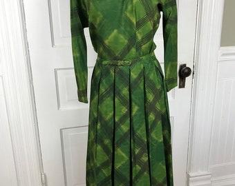 Vintage Ladies' Green and Black Plaid Dress with Belt