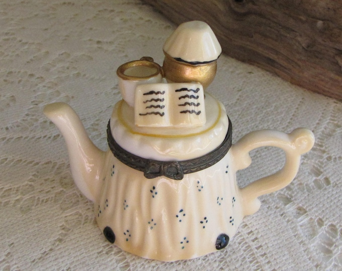 Trinket Box Ceramic Teapot Table Vintage Jewelry and Women's Accessories