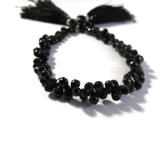 Black Onyx Teardrops - Natural Black Onyx - Faceted Briolettes - 5.5mm x 4mm - 7mm x 4.5mm, 4 Inch Strand (B-On2c)