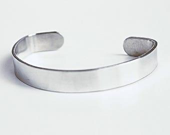 Customizable Aluminum Bracelet