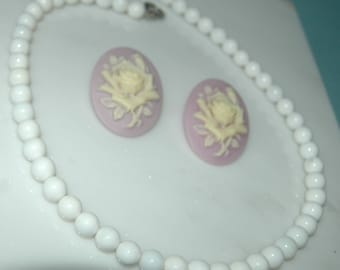 White ceramic Bead Necklace and its anti-allergic earring