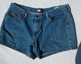 Tommy Women's Jean Shorts Vintage Size 13 Medium Wash J-S