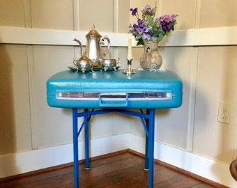 Vintage 1970's Samsonite Suitcase Table - Side Table - Coffee Table