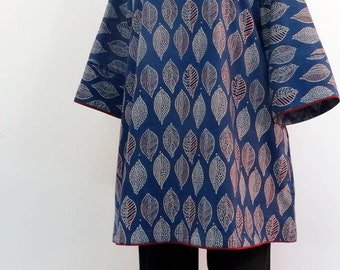 Long and loose-fitting TUNIC cotton block print indigo patterns leaves, rounded collar and 3/4 sleeves