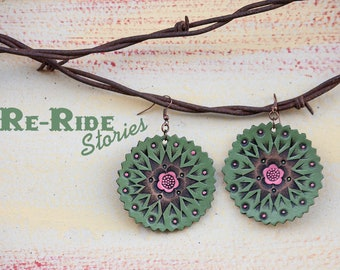 Leather Earrings- Green Circles