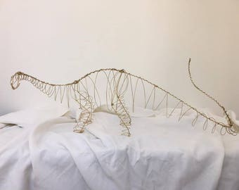 Apatosaurus Wire gold sculpture