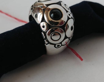 ring concentric circles