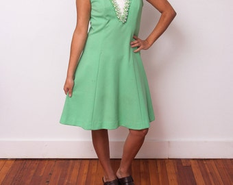 Vintage Sleeveless Dress - Green 60s Dress with Beaded Collar - Vintage Mod Dress - Alfred Werber - Size Medium Large