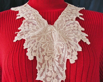 Hand Made Lace Collar in Two Pieces....Vintage Hand Made Lace Collar with Hint of Pink