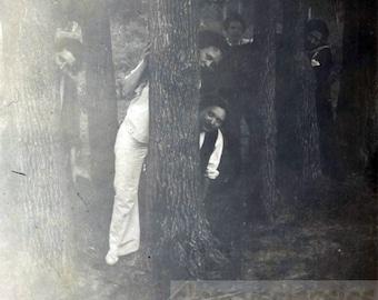 vintage photo 1914 Young Women Tree huggers Peek a Boo I see you