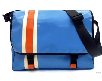 Computer bag bike friendly//blue//PCycle gift for architect//vegan bags//truck/tarps/recycling//handmade in Italy