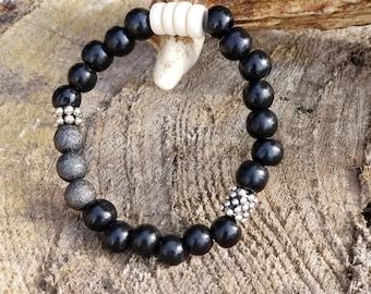 beaded bracelet / statement bracelet / modern jewelry