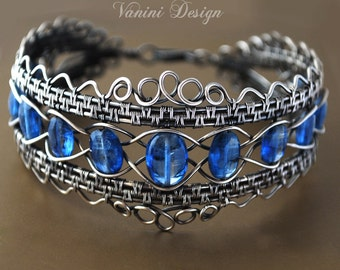 The Crown - Fine silver and kyanite bracelet