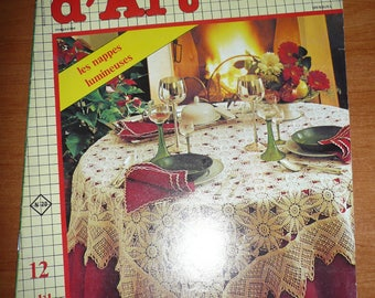 French magazine: Le crochet d'art n. 20 - 1985 Bright tablecloths, 12 models to be made with crochet
