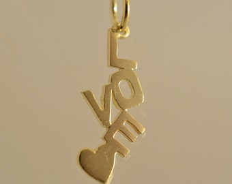 "Yellow gold pendant ""LOVE"""