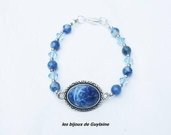 sodalite and Crystal stone bracelet