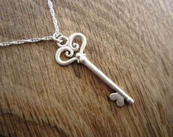 YOLLA Pure Sterling Silver Key Pendant Necklace