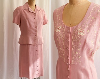 1960s Ensemble | Rosa | Vintage 60's Dress and Short Sleeve Jacket Pink Linen Button Front Shift Dress with White Embroidery 2 Piece Set SzL