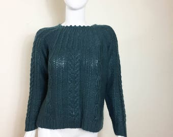 St. John's Bay Women's Cable Knit Sweater Size Small Soft Dark Green