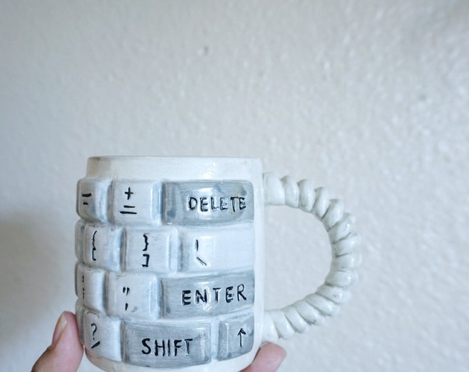 Vintane 1995 Computer Keyboard Coffee Mug