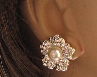 Bridal earrings, ivory pearl, Post Earrings, vintage style, Crystal Silver, Stud Earrings, Wedding Jewelry, Bridesmaids,Camellia Collection,
