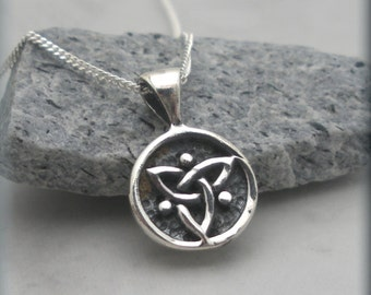 Tiny Trinity Knot Necklace, Triquetra Necklace, Irish Jewelry, Sterling Silver, Celtic Knot, Celtic Trinity Knot, Triquetra Pendant