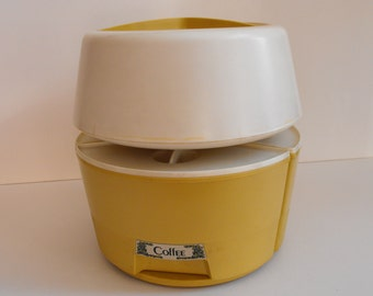 Rotating Canister Set Rubbermaid Gold and White    (588)