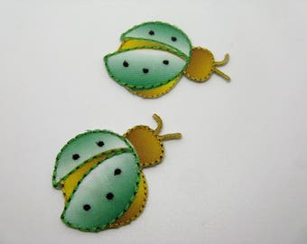 Lot 2 badges collection green Ladybug pattern and yellow-ref 6K applications