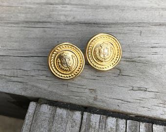 Vintage LCI 1980's Gold Tone Crest Button Style Pierced Earrings