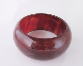 French bakelite carved bangle