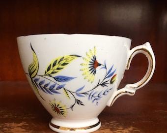 Art Deco Tea Cup // Vintage Kitchen Decor // Drinkware // Tea Lover // Gift for Her