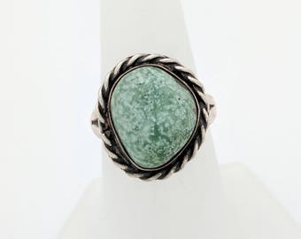 Sterling Silver Light Green Stone Ring Size 6.5