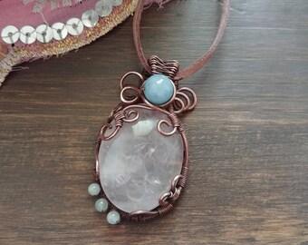 Wire pendant with Rose quartz and aquamarine-wire copper