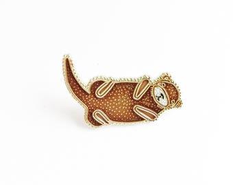 Fischotter Anstecknadel, Otter Emaille Pin, Emaille Otter, Kinder Otter Schmuck, Otter Revers Brosche, Tier-Pin