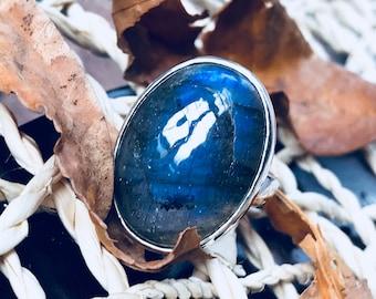Labradorite Ring Blue Labradorite Statement Gemstone Ring 925 Sterling Silver Bezel 25 mm labradorite Ring Size 9 Oval Labradorite Ring