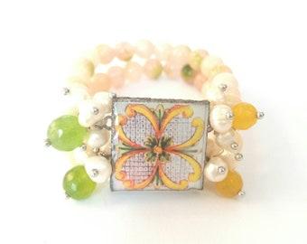Bracelet with stones and ceramics