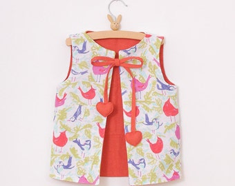 Reversible VEST pattern - warm and soft girls vest pattern - size from 2T to 7 years