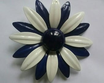 Vintage Flower Brooch or Pin, White and Navy Blue, 1970s